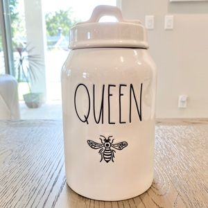 🐝 Rae Dunn Queen Bee Canister
